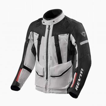 Trzy warstwowa kurtka turystyczna, idealna na klimaty Adventure wykonana z materiału Ripstop